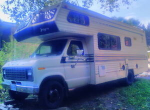 '81 Jayco C-class 28' on Ford Chassis-Sleeps four