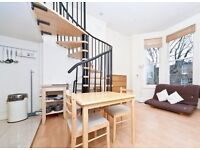 A bright, quiet spacious studio for sale in Shepherds Bush. Chain free and share of freehold