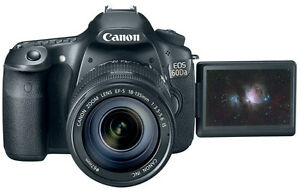 Canon EOS 70D Digital SLR Camera with Wide Angle Zoom lens