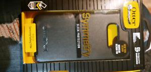 Samsung Galaxy S10e Otter Box BRAND NEW