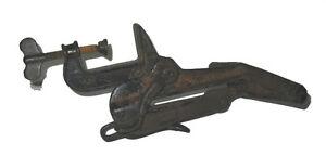 Ancienne Étau à Scie / Vintage Handsaw Vise Saint-Hyacinthe Québec image 1