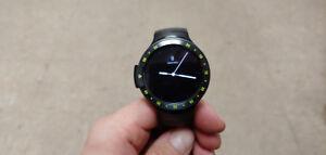 Montre Ticwatch S en bon état