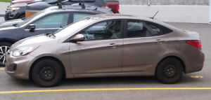 52000 kilo - 2012 - Hyundai Accent - économique - pas accidenté