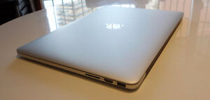 Mac Book Pro Retina 15 mint  condition high end specs mid 2013