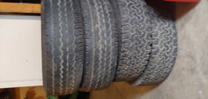 2 pairs of 265/75r16 tires in good shape