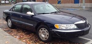 2002 Lincoln Continental avec habillage Luxury Berline