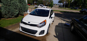 2017 Kia Rio 5 XL in excellent condition