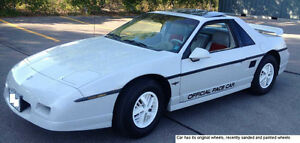 Fiero INDY '84 Limited Edition GM's Replica after '84 Indy Race