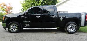 2010 GMC Sierra 1500 SL Nevada Edition Pickup Truck
