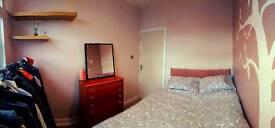 Double Room (£280) - House with Cinema Room