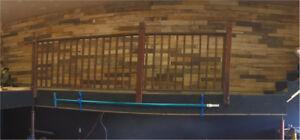 Mur de bois de palette et pose de plancher flottant