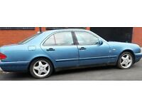 Mercedes benz E class for Breaking/parts