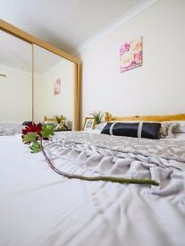 #Double room in a clean and social flat wifi,bills..Book Now!!!