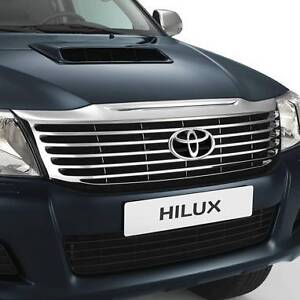 Toyota Hilux GENUINE Chrome Grille  **SPECIAL PRICE** Old Guildford Fairfield Area Preview