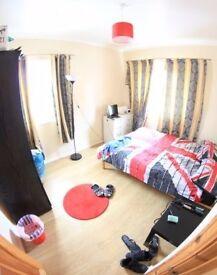 YS wonderful single room in Bethnal Green