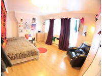 D*Double bedroom available in Limehouse*Book Online*
