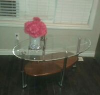 Matching coffee table and 2 end tables