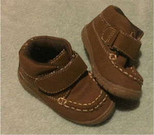 Size 5 baby boy shoes  Cornwall Ontario image 1