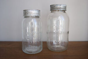 Crown preservative / canning jars with zinc rings and glass lids
