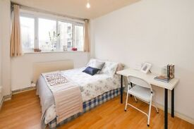 Y **BLACK FRIDAY** BOOK A ROOM AT SHOREDITCH SHARE WITH CLEAN FLATMATES