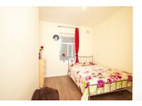 NB* Bright and Brilliant Double Room Available now at WHITECHAPEL