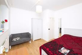 MARVELOUS DOUBLE ROOM IN BETHNAL GREEN