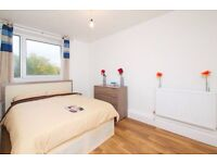 ST* Large Room for £640 per month in E3