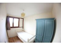 D*Single furnished room available in Poplar:Only £160pw*