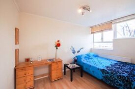 Luxury Double Room at Limehouse**COME and SEE**600 Pounds ONLY**