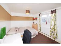 C**Cheap Room close to commercial road* GRAB IT!!!