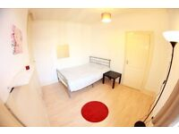 STUNNING MODERN 3 BEDROOM APARTMENT CLOSE TO CANARY WHARF