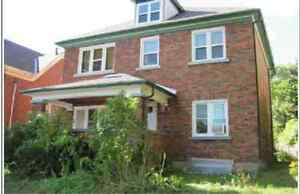 Newly renovated 3 bedroom Rental home, walks Tannery, Dtwn Kitch