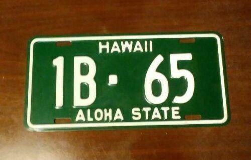 1961 BASE HAWAII LICENSE PLATE - NOS (1B-65)