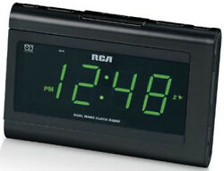 RCA RC141 Large Display Clock Radio with Automatic Time-Set and 1.4 Display