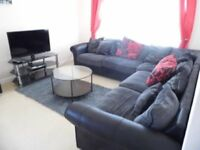 Fully equipped 2 bed / 2 bath short stay apartment with weekly service clean parking and wifi