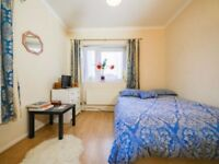 SHOREDITCH,E2, BRILLIANT 3 DOUBLE BED APARTMENT CLOSE TO POPULAR MARKETS