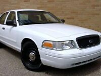 2005 Ford Crown Victoria Police intercepter Sedan