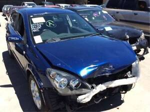 2004 Holden Astra parts for sale llleeee Roxburgh Park Hume Area Preview