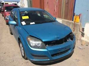 2005 Holden Astra wrecking for sparee ee parts Roxburgh Park Hume Area Preview