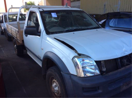 2010 Holden Rodeo wrecking for parts