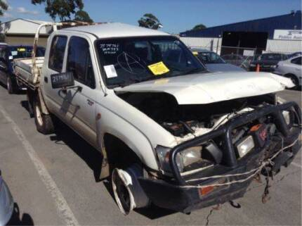 Toyota Hilux Now Wrecking, 2002 Dual Cab A1471