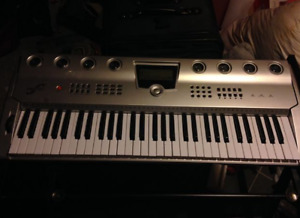 FIRST ACT ELECTRIC KEYBOARD