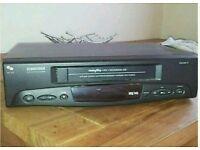 Schneider SVC 215 UK Video Cassette Player