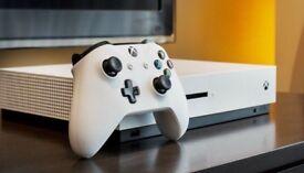 XBOX 1S 1TB white + 1 CONTROLLER INC MINECRAFT FIFA18 & GTA5