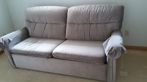 Sofa Couch in Like New Condition