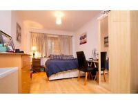 Double room in two bed flat with Seaview Brighton Kemptown