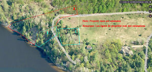 2 waterfront properties (1 with cottage) in Cantley, Quebec