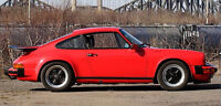 1987 Porsche 911 Coupe (2 door)