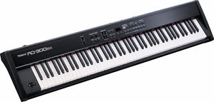 ROLAND RD-300SX Digital Stage Piano + stand + case +bench +score