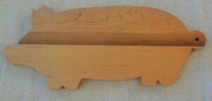 Hardwood bread/cutting/serving board - Small Piggy